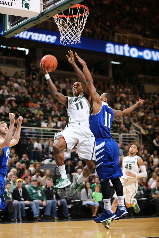 Appling Shines as Spartans Rout New Orleans