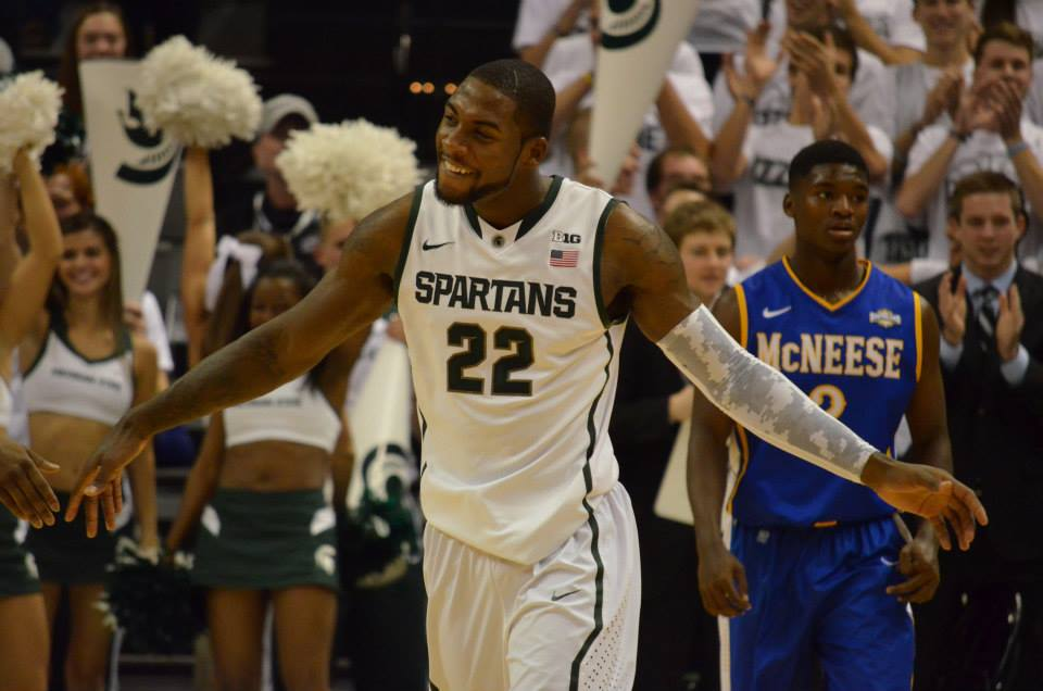 Spartans Survive Crimson, Advance to Sweet Sixteen